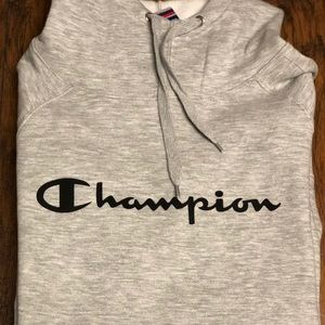 NWT WOMEN's CHAMPION HOODIE in Heather grey